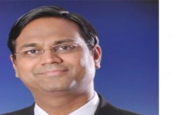 Design, performance and security of apps are new weapons in the battle for attracting customers: Mitesh Agarwal, CTO, Oracle India