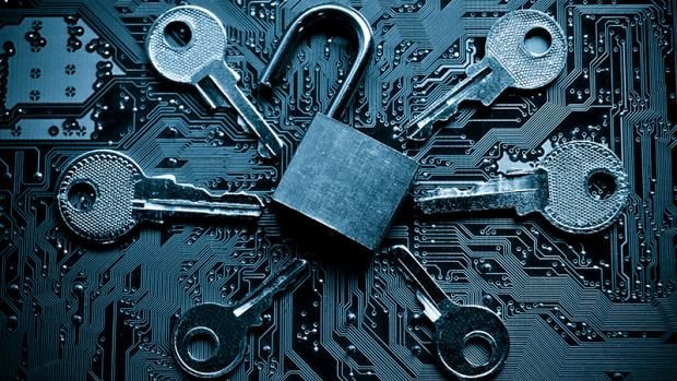 padlock_and_keys_security_privacy_breach